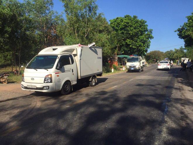 Bình Thuận: Xe chở quân nhân gặp tai nạn, 2 người tử vong - ảnh 1