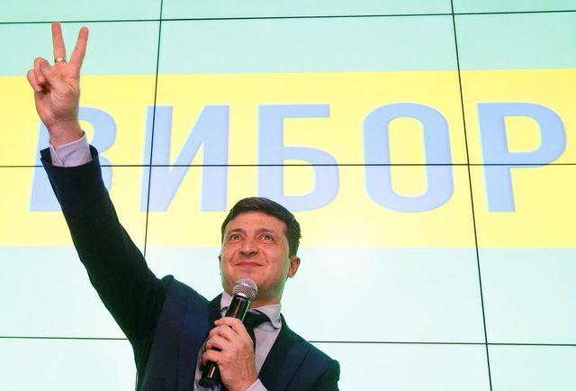 Bầu cử Tổng thống Ukraine: Diễn viên hài Vladimir Zelensky dẫn đầu vòng 1 - Ảnh 1