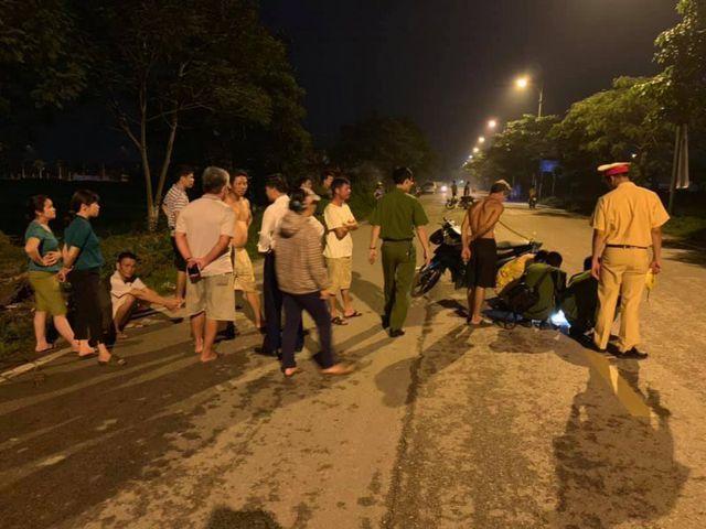 """Nghi vấn ô tô kéo lê bé trai hơn 100m rồi bỏ trốn ở Hà Nội: Lộ chủ nhân biển số """"bí ẩn"""" - Ảnh 2"""