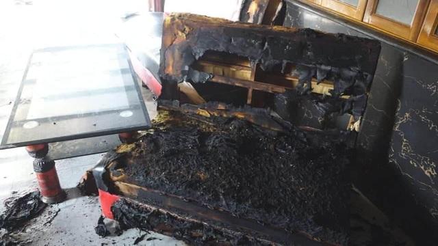 Vụ 4 mẹ con mắc kẹt trong căn nhà bốc cháy: Hé lộ nguồn cơn của bi kịch đau lòng - ảnh 1