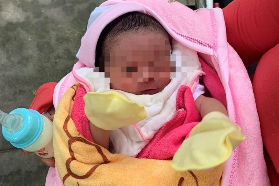 Liên tiếp hai bé sơ sinh bị bỏ rơi ở Bình Dương - ảnh 1