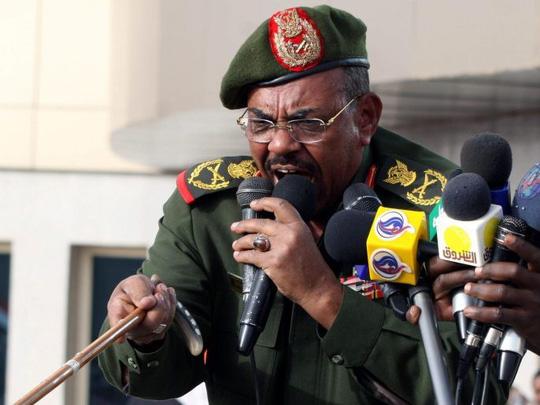 Quân đội Sudan đảo chính, bắt giam Tổng thống Omar Al-Bashir - ảnh 1