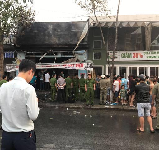 Cháy dữ dội tại cửa hàng xe đạp điện, 3 người tử vong - Ảnh 1