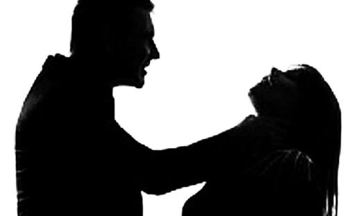 Thiếu niên 17 tuổi sát hại cô gái 18 tuổi trong quán cà phê ra đầu thú - Ảnh 1