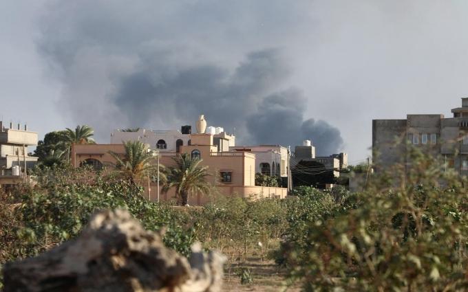 Nội chiến ác liệt ở Libya khiến hơn 2.000 người phải đi sơ tán - Ảnh 1