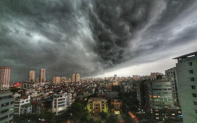 Dự báo thời tiết mới nhất hôm nay 1/7: Hà Nội có khả năng xảy ra lốc, mưa đá - ảnh 1