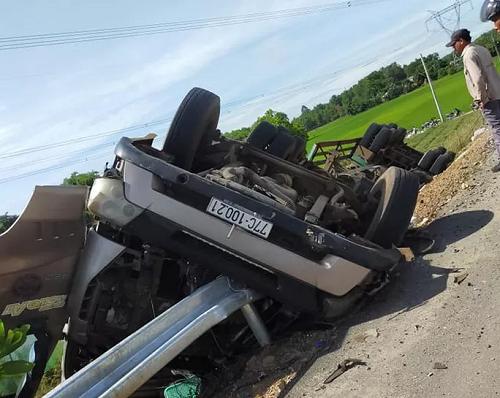 Tin tai nạn giao thông mới nhất ngày 4/7: Kết đắng cho nữ tài xế lùi xe trên cao tốc Hà Nội - Hải Phòng - ảnh 1