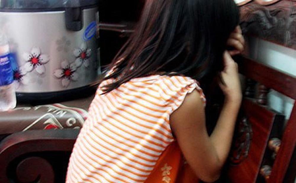 """Vụ hiếp dâm bé gái 5 tuổi ở Bắc Giang: """"Yêu râu xanh"""" nổ là """"đại gia"""" để tạo lòng tin - ảnh 1"""