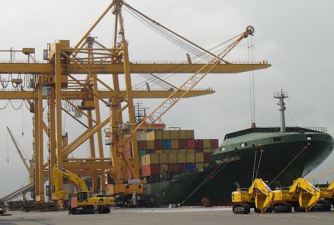 Bầu Hiển sẽ rót tiền mua thêm cảng biển  - ảnh 1