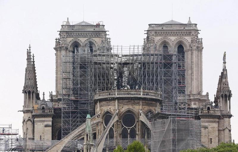 Vụ cháy Nhà thờ Đức Bà Paris: Chi phí phục dựng có thể lên tới hơn 1 tỷ Euro - Ảnh 1
