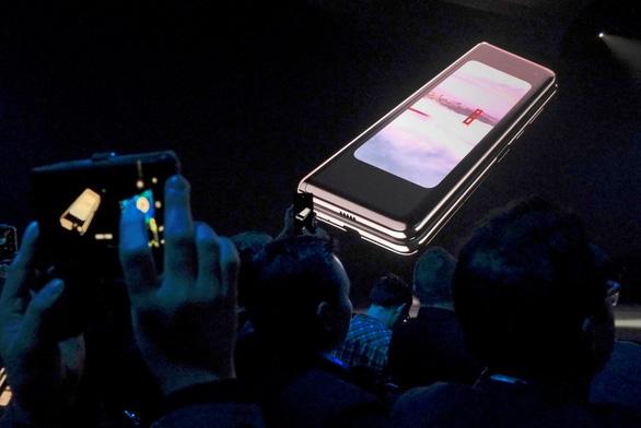 Samsung tiếp tục hủy bán Galaxy Fold tại Mỹ vì sự cố hỏng màn hình - Ảnh 1