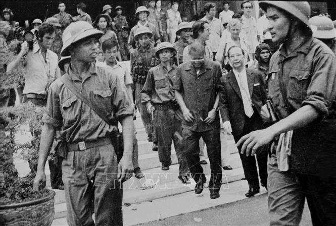 """Những """"thước phim"""" lịch sử về chiến thắng mùa Xuân 1975 - ảnh 1"""