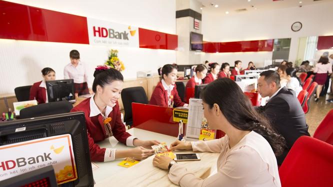 Hai doanh nghiệp mua trọn 900 tỷ đồng trái phiếu kỳ hạn 3 năm của HDBank - ảnh 1