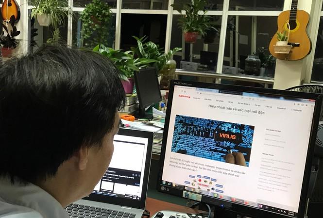 Tin tức công nghệ mới nóng nhất hôm nay 10/1: Lenovo ThinkBook Plus ra laptop 2 màn hình, pin chạy 10 tiếng - ảnh 1