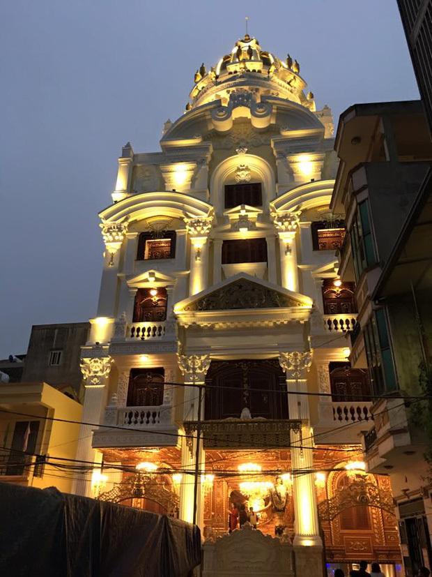 """Lâu đài """"tiền tấn"""" của cô dâu Nam Định được tặng 200 cây vàng - ảnh 1"""