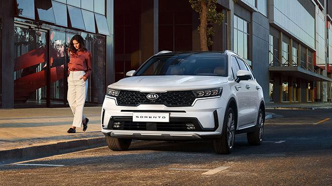 Bảng giá xe Kia mới nhất tháng 6/2020: Sedona Luxury giảm 30 triệu đồng - ảnh 1