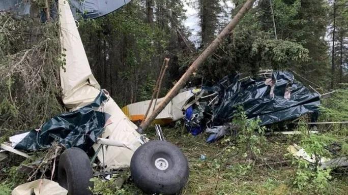Mỹ: 2 máy bay đâm nhau, không nạn nhân nào sống sót - ảnh 1