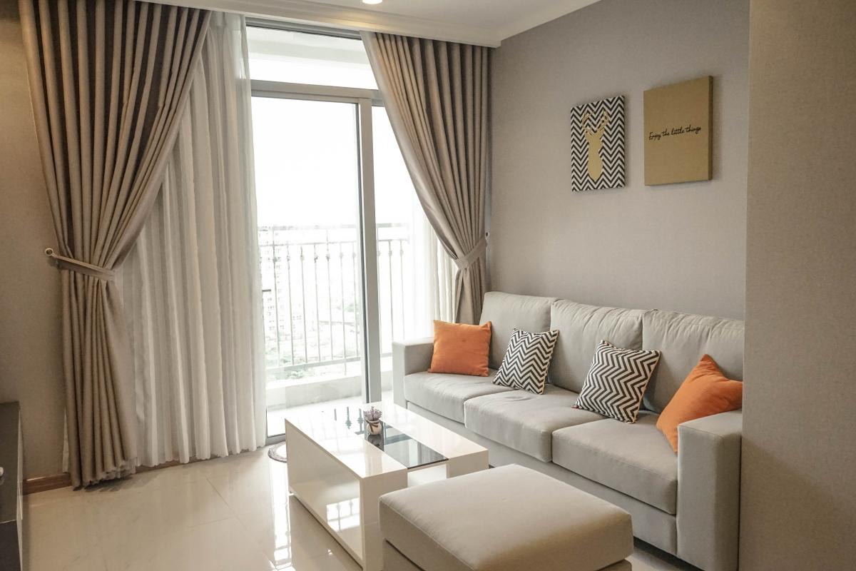 Tìm chốn bình yên trong căn hộ Vinhomes hướng bờ sông Sài Gòn 1