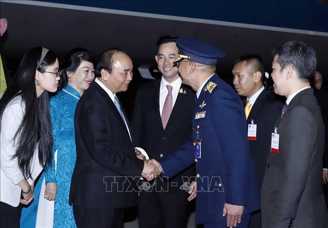 Thủ tướng bắt đầu chương trình tham dự Hội nghị Cấp cao ASEAN lần thứ 35 - ảnh 1