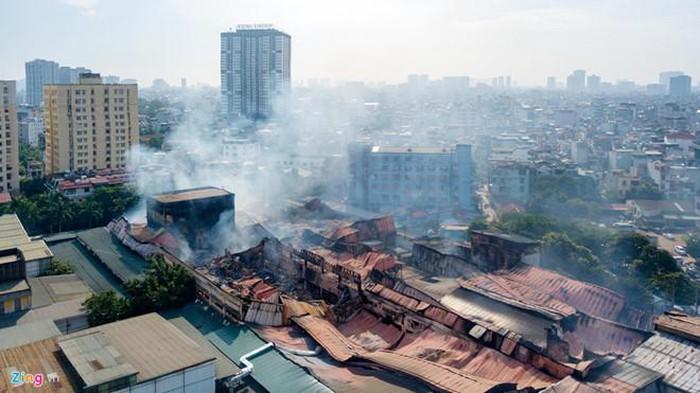 HoSE yêu cầu công ty Rạng Đông công bố thiệt hại do hoả hoạn - ảnh 1