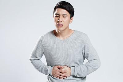 Viêm đại tràng mạn tính không dứt hẳn vì chữa chưa đúng cách - ảnh 1