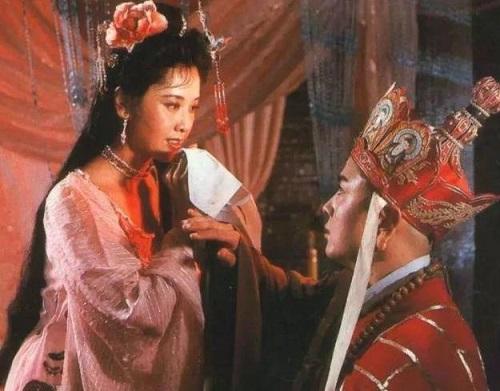 Sau 33 năm, Quốc Vương Nữ Nhi Quốc trong Tây Du Ký 86 bây giờ như thế nào? - ảnh 1