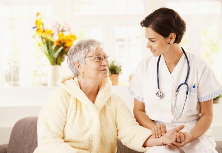 Bệnh viêm khớp dạng thấp ở người cao tuổi – Làm sao chữa trị? - Ảnh 3