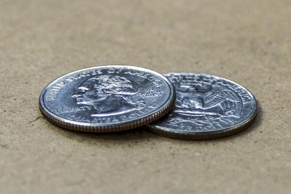 Đúng 0h giao thừa, hãy lặng lẽ bỏ thứ này vào túi áo để tiền bạc chảy vào ào ào như nước - ảnh 1