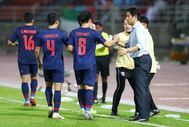 Quyết vào sâu World Cup 2022, HLV Akira Nishino yêu cầu tuyển Thái Lan hội quân sớm - ảnh 1