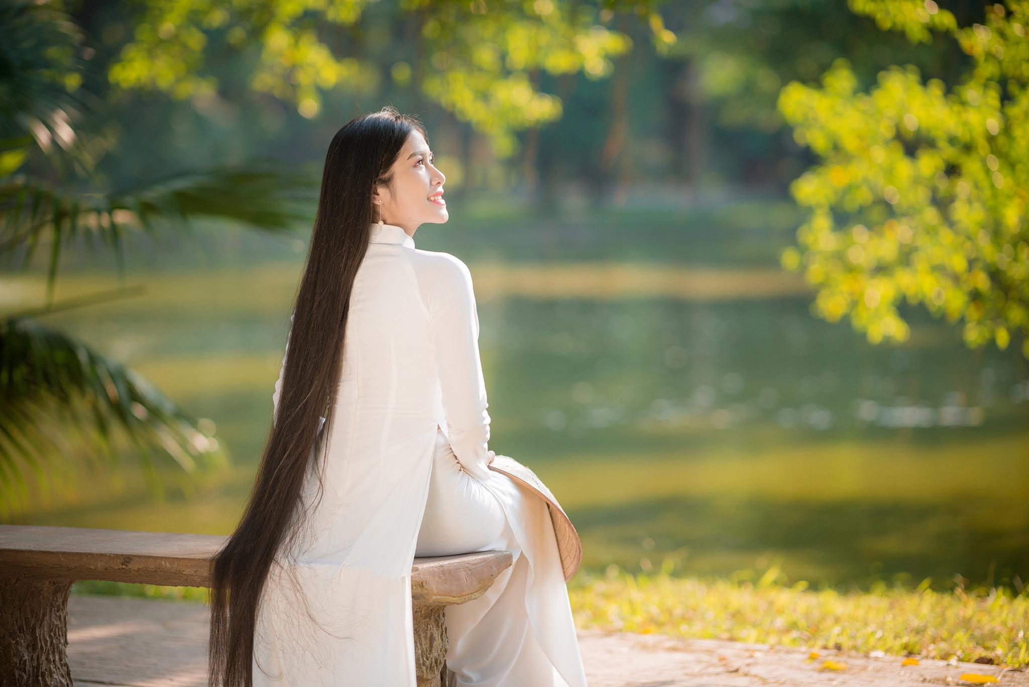 """""""Công chúa tóc mây"""" phiên bản Việt và thành tích viết lách khiến nhiều người ngưỡng mộ - ảnh 1"""