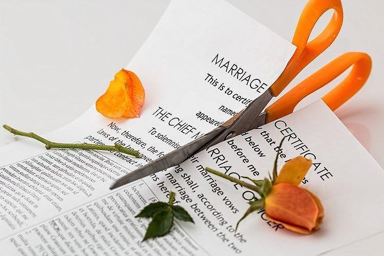 Tin tức đời sống mới nhất ngày 15/4/2019: Ly hôn trong tuần trăng mật vì chồng quá keo kiệt - Ảnh 1
