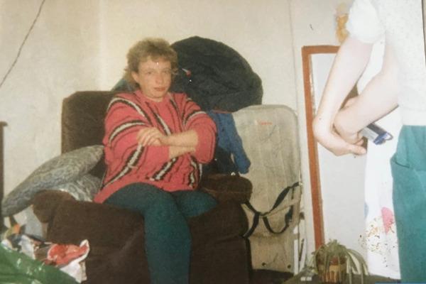 Hãi hùng bà mẹ cất giữ xác 4 đứa con chết non trong tủ quần áo suốt 20 năm - Ảnh 2