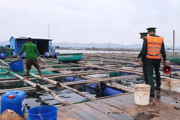 Bình Định: Huy động xe bọc thép sẵn sàng ứng cứu trước cơn bão số 6 - ảnh 1