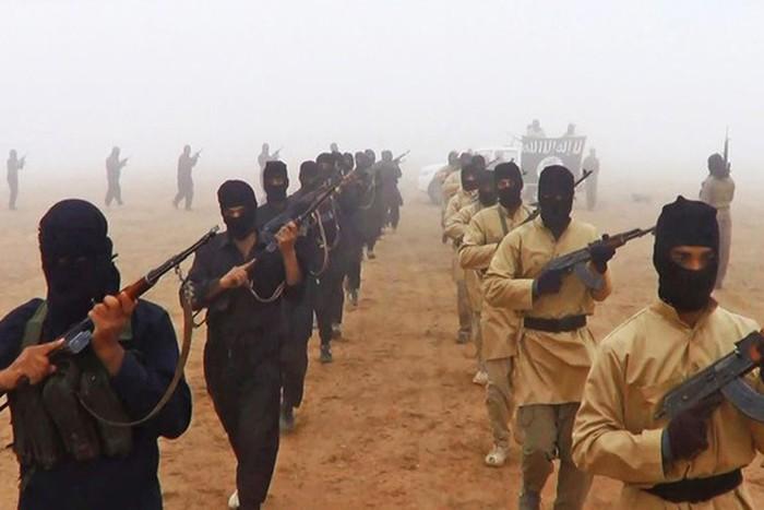 Tin tức quân sự mới nóng nhất ngày 21/12: Syria giao tranh ác liệt với IS gần mỏ dầu ở Homs - ảnh 1