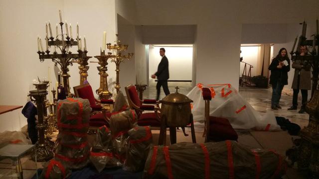 Vụ hỏa hoạn ở Nhà thờ Đức Bà Paris: Nhiều cổ vật quý được cứu, ngọn lửa đã được khống chế - ảnh 1