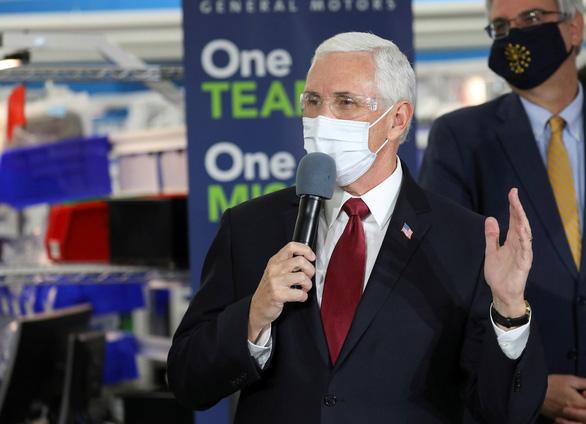 Bác tin Phó tổng thống Mỹ Mike Pence tự cách ly do trợ lý nhiễm Covid-19 - ảnh 1