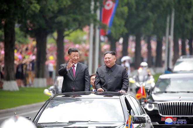 Ông Kim Jong-un khen ngợi Trung Quốc trong việc ngăn chặn đại dịch Covid-19 - ảnh 1