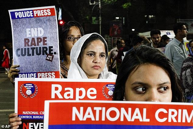 """Một mình chống cự quyết liệt với 2 kẻ hiếp dâm, nữ sinh 14 tuổi bị """" yêu râu xanh"""" thiêu sống - ảnh 1"""