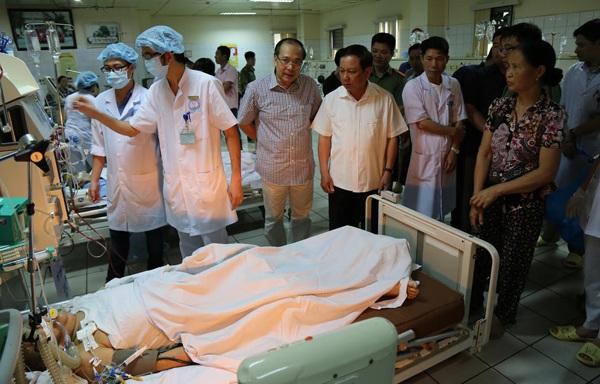 Vụ chạy thận làm 9 người tử vong: Vì sao khởi tố nguyên giám đốc BV Đa khoa tỉnh Hoà Bình - ảnh 1