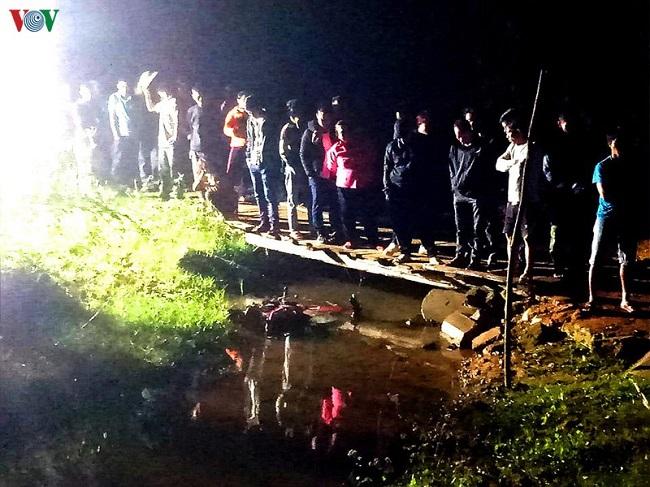 Tin tai nạn giao thông mới nhất ngày 20/1/2020: Ngã xuống suối, 1 người tử vong thương tâm - ảnh 1