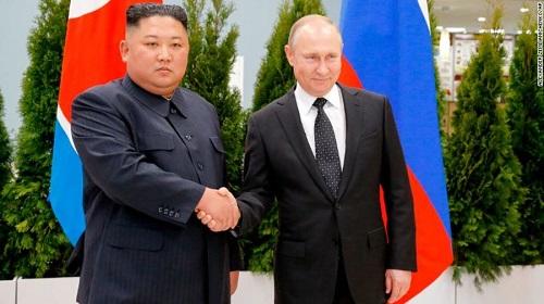 Toàn cảnh hội nghị thượng đỉnh đầu tiên giữa ông Putin và ông Kim Jong-un  - Ảnh 1