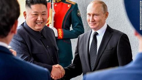 Toàn cảnh hội nghị thượng đỉnh đầu tiên giữa ông Putin và ông Kim Jong-un  - Ảnh 2