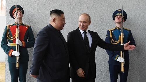 Toàn cảnh hội nghị thượng đỉnh đầu tiên giữa ông Putin và ông Kim Jong-un  - Ảnh 3