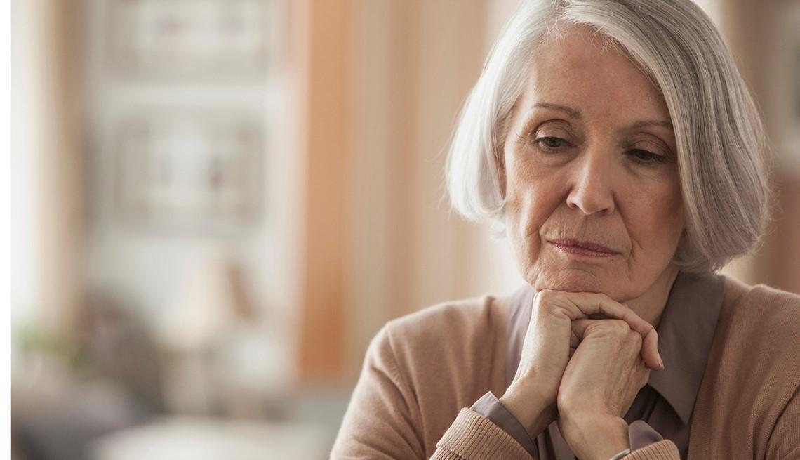 Phát hiện trầm cảm ở người cao tuổi bằng các dấu hiệu này - Ảnh 1