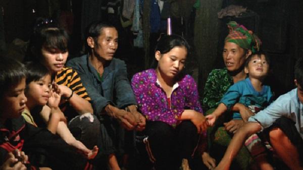 Cuộc điện thoại định mệnh thay đổi cuộc đời cô bé nghèo vùng cao - Ảnh 1