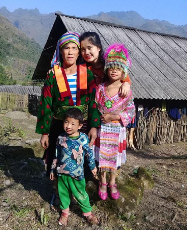 Cuộc điện thoại định mệnh thay đổi cuộc đời cô bé nghèo vùng cao - Ảnh 3