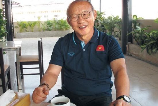 HLV Park Hang Seo tuyên bố bất ngờ về đồng nghiệp Shin Tae Yong dẫn dắt tuyển Indonesia - ảnh 1