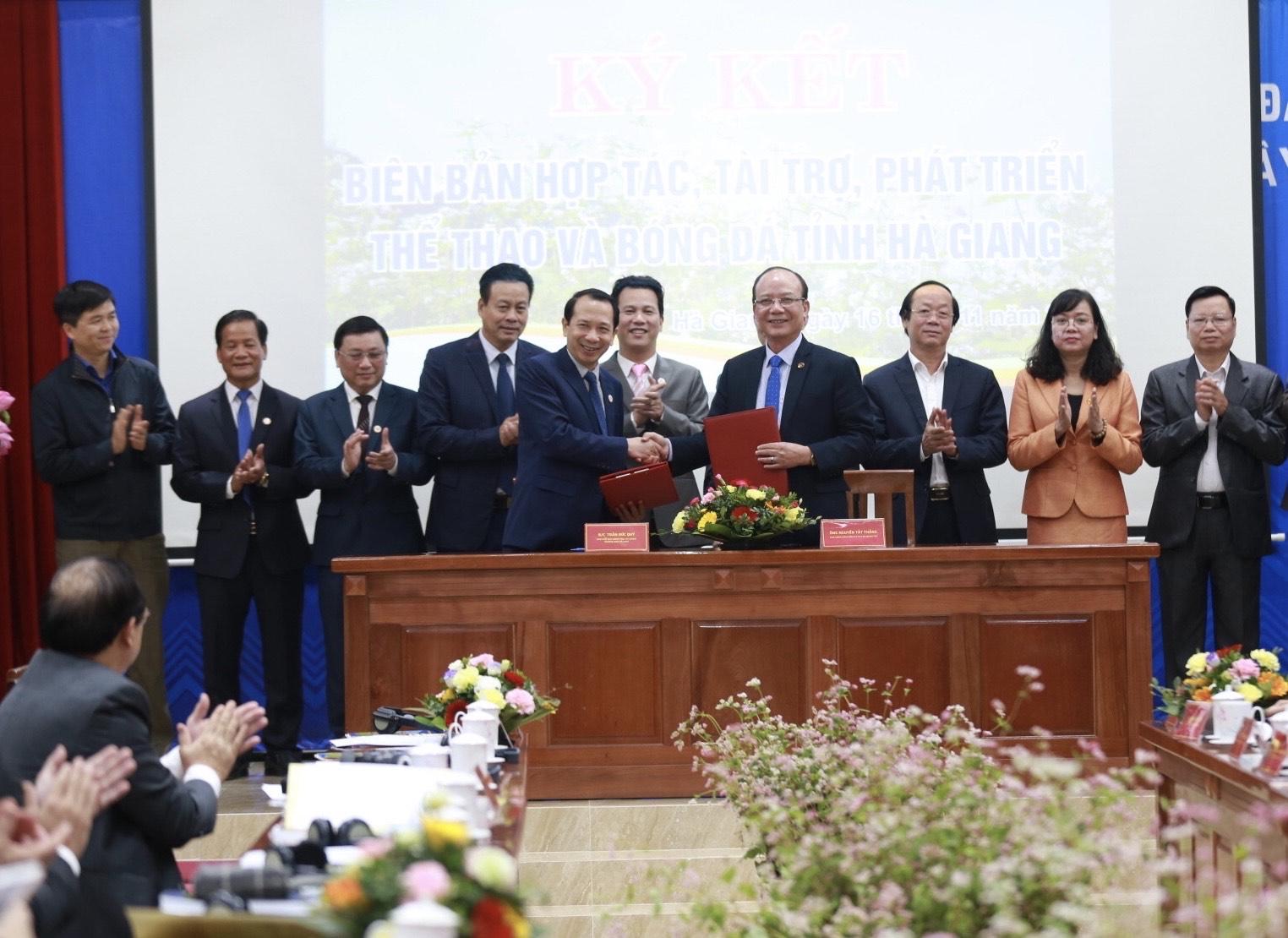 Tập đoàn T&T Group trao tặng tỉnh Hà Giang 1.000 căn nhà tình nghĩa  - ảnh 1