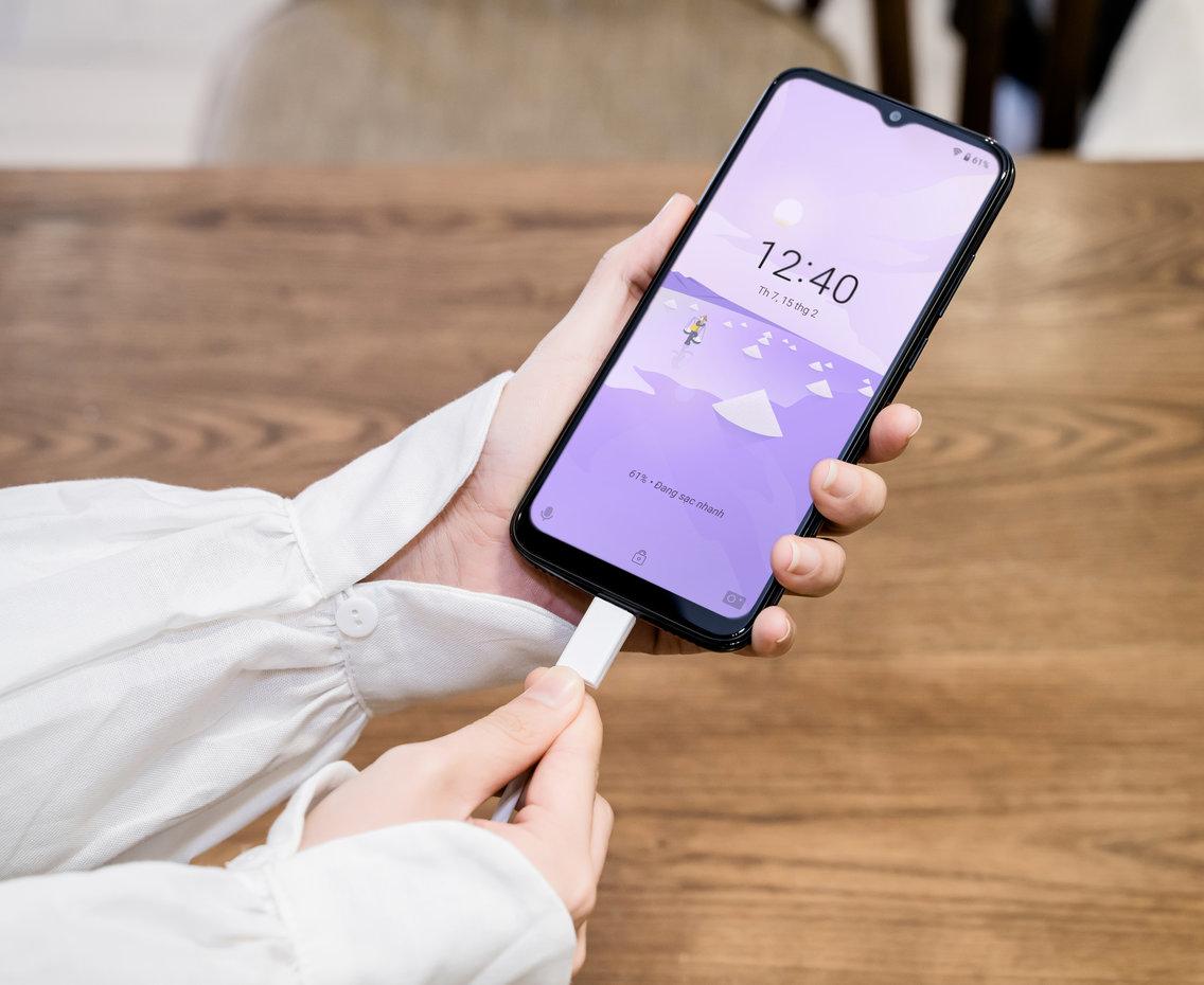 VinSmart đã thay đổi thị trường smartphone Việt Nam thế nào?  - ảnh 1