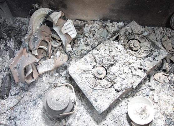 """Bắc Kạn: Cuồng ghen, người phụ nữ thuê người tưới xăng đốt nhà """"tình địch"""" - ảnh 1"""